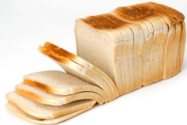 Không nên để bánh mì vào tủ lạnh