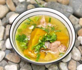 Món canh bí đỏ sườn non ngon bổ dưỡng cho cả nhà
