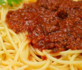 Món mì Ý thịt heo sốt cà chua thơm ngon hấp dẫn