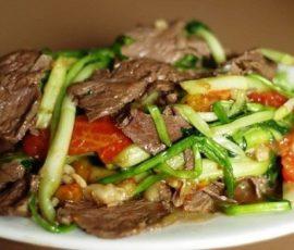 Món thịt bò xào rau cần giòn ngon hấp dẫn