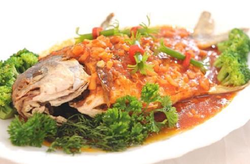 Món cá chép sốt cà chua thơm ngon cho bữa cơm chiều