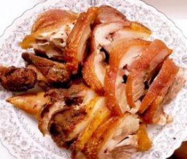 Mónchân giò heo cuộn chiên giòn bì mềm thịt