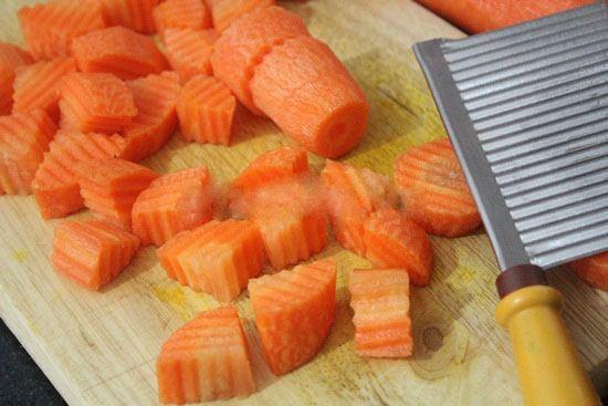 Chuẩn bị phần cà rốt