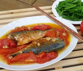 Món cá nục sốt cà chua vừa ngon vừa bắt mắt