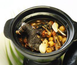 Món gà ác tiềm thuốc bắc ngon bổ dưỡng