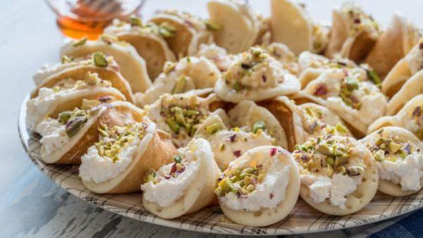 Bánh Qatayef Trung Đông