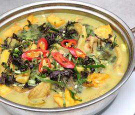 Món ốc nấu chuối đậu chua cay ngon hết sảy