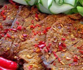 Món thịt lợn khô ngon mê ly đơn giản tại nhà