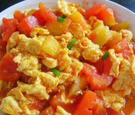 Món trứng chiên sốt cà chua ngon ngọtđổi vị