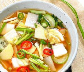 Món dưa góp kiểu Hàn Quốc đơn giản tại nhà
