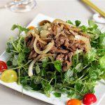 Món gỏi rau càng cua trộn thịt bò vừa ngon vừa mát