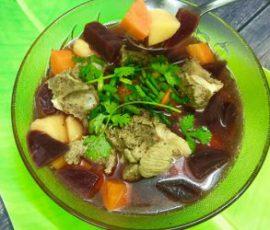 Món canh củ dền hầm xương bổ dưỡng