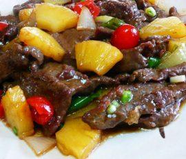 Món bắp bò xào dứa ngọt thơm lai rai ngày mưa lạnh