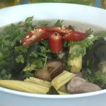 Món canh rong biển sườn non cực tốt cho sức khỏe