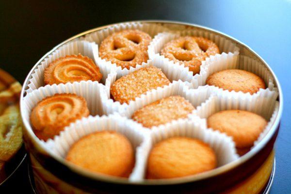 Người bị huyết áp cao nên chọn các loại bánh quy ít muối