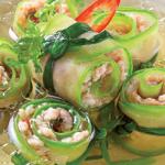 Món bí ngòi cuộn cá thác lác hấp nước dừa