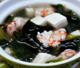 Món canh tôm rong biển thanh mát bổ dưỡng