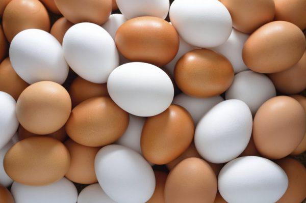 Lựa chọn trứng để muối