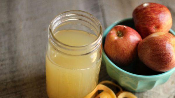 Nước ép táo uống mỗi sáng giúp đẹp da