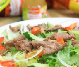 Món xà lách trộn thịt bò chống ngán cho ngày hè