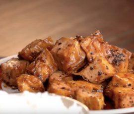 Món đậu hũ kho tiêu chay ngon đậm đà đưa cơm