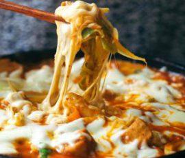 Món gà xào bắp cải phô mai kiểu Hàn Quốc