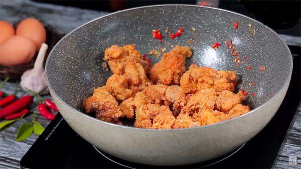Xào thịt gà