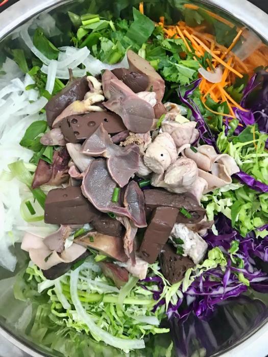 Món gỏi lòng gà bắp cải ăn hoài không ngán