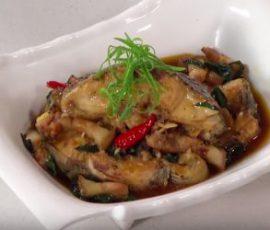 Món cá rô phi kho lá lốt mới lạ thơm nức mũi