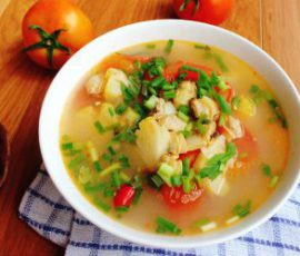 Món canh ngao nấu dứa chua ngọt thanh mát
