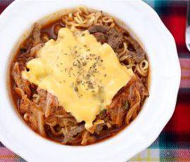 Mì xào thịt bò phô mai ngon miệng bổ dưỡng