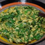 Món trứng chiên cần tây giúp tăng cường sức khỏe