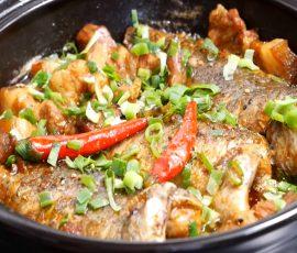 Món cá rô kho tộ đậm đà ngon cơm