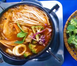 Món mì cay hải sản Hàn Quốc ngon chuẩn vị tại nhà
