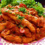 Món thịt heo sốt cà chua chua ngọt ngọt hấp dẫn