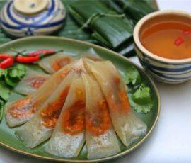 Món bánh bột lọc gói lá chuối ngon như người Huế