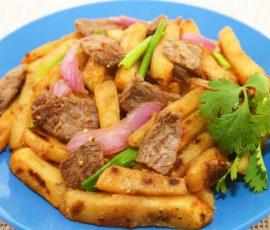 Món thịt bò xào khoai tây ai cũng thích mê