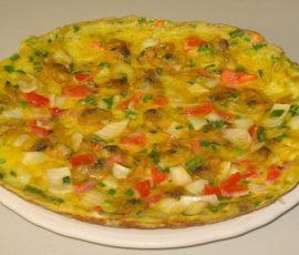 Món trứng chiên cà chua đơn giản tại nhà