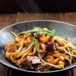 Món phở ăn liền xào thịt bò bổ dưỡng