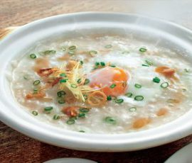 Món cháo trứng gà bằng nồi cơm điện