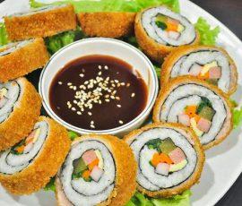 Món kimbap chiên giòn ngon chuẩn vị Hàn Quốc