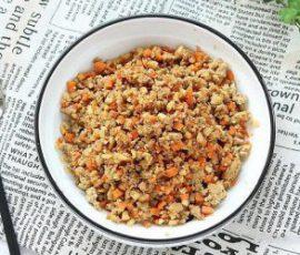 Món thịt bằm xào củ năng cà rốt ngon lạ miệng