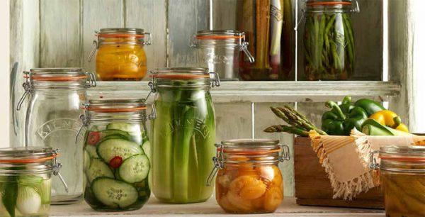 Bảo quản dưa món trong hủ hoặc keo thuỷ tinh