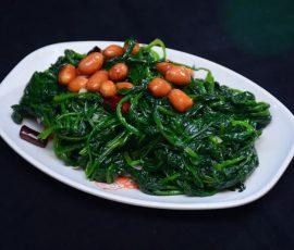 Món rau bina trộn đậu phộng bài thuốc tốt cho sức khỏe