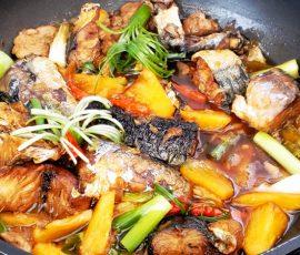 Món cá nục kho thơm ngon tuyệt mà không bị tanh