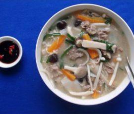 Món canh nấm thập cẩm thanh đạm bổ dưỡng