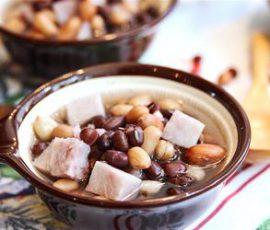 Món chè khoai môn đậu phộng thanh mát dễ làm
