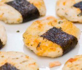 Món cơm viên cá hồi lạ miệng ngon hấp dẫn