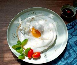 Món trứng đám mây ngon tuyệt cho bữa sáng