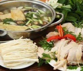 Món lẩu nấm gà hấp dẫn cho bữa cơm cuối tuần